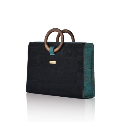 Bossy Business-Tasche schwarz und grün, stehend, Vorderansicht mit weißem Hintergrund